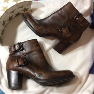 Born Brown Leather Ankle Boots!